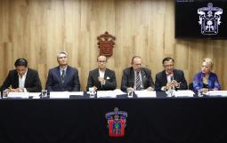 Rueda de prensa en el Piso 6 de Rectoría General para anunciar el Anuncian II Simposio Interinstitucional del Alzheimer