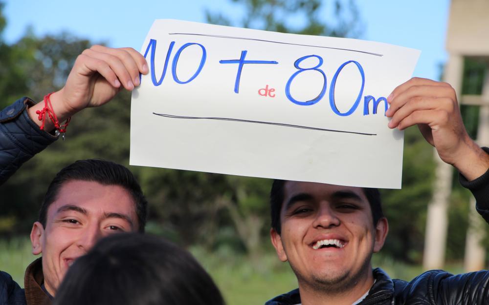 Marchan universitarios y ciudadanía en contra de transvase de El Zapotillo a León